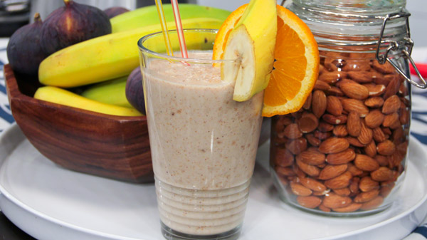 almond-cinnamon-smoothie